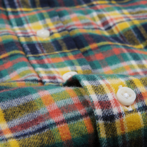 Plaid Flannel Button Down Shirt in Hunter