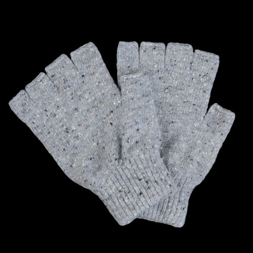 Mr No Fingers Gloves in Silver