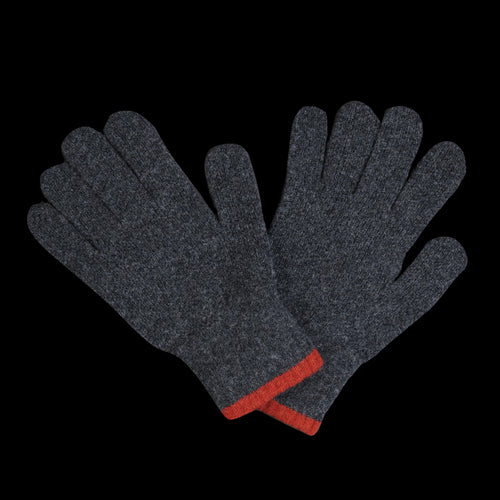 Wind It Up Gloves in Charcoal