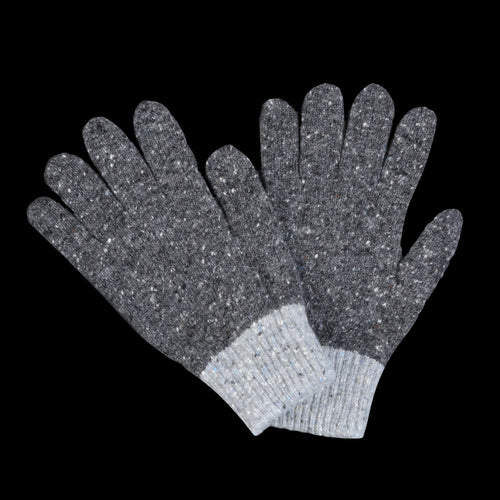 Space Gloves in Charcoal