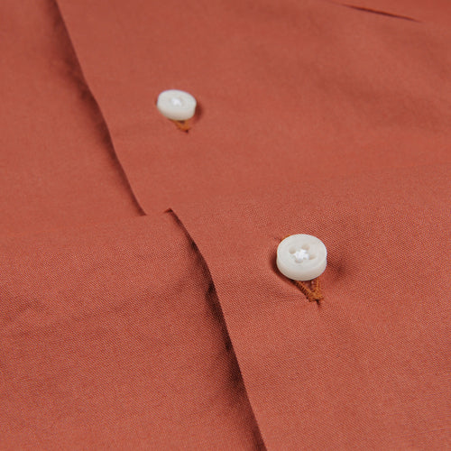 Long Sleeve Two Pocket Camp Shirt in Brick Washer Cloth