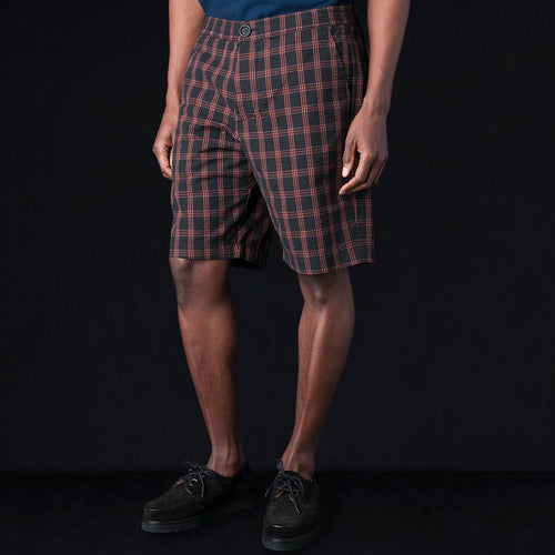 Drawstring Short in Kentridge Black