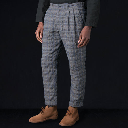 Seersucker Check Pleated Pant in Grey