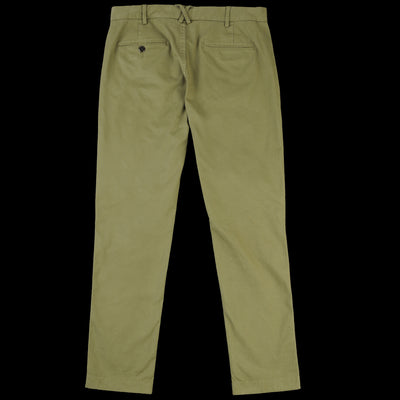 Alex Mill - The Standard Chino in Army Olive