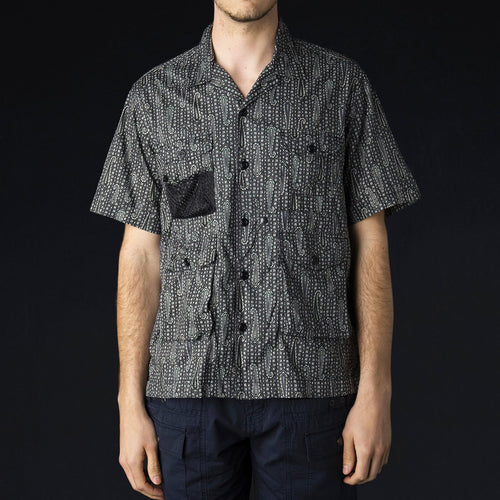 4 Pocket Utility Half Shirt in Black Paisley