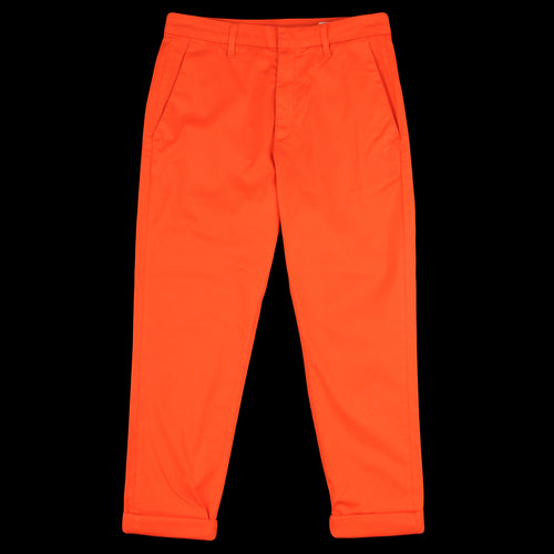 News Trouser in Bright Red