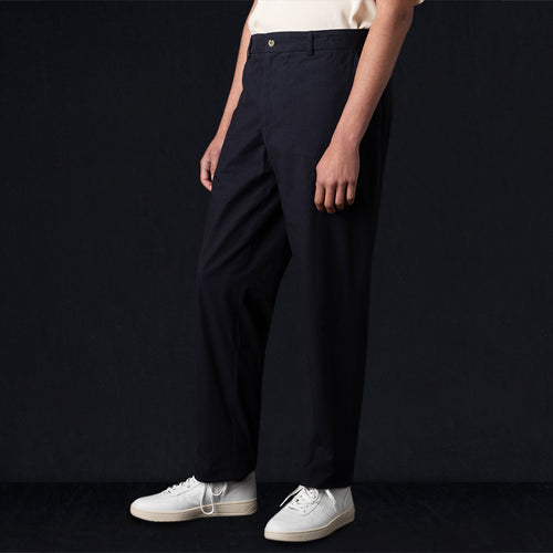 Brushed Cotton Carrot Trouser in Navy
