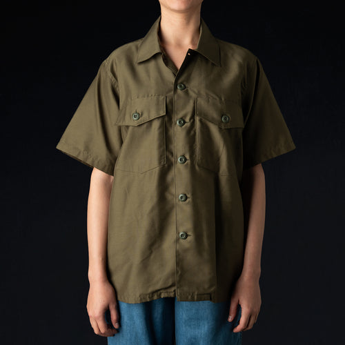 Back Sateen S/S Army Shirt in Olive