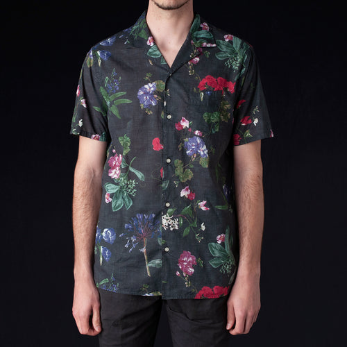 Japanese Floral Dario Short Sleeve Shirt in Black