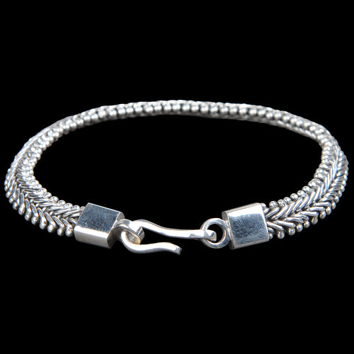 V-Ball Bracelet in Sterling Silver