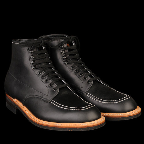 Indy Boot in Black 401