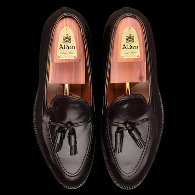 Alden - Cordovan Tassel Mocc in Color 8 Burgundy 563
