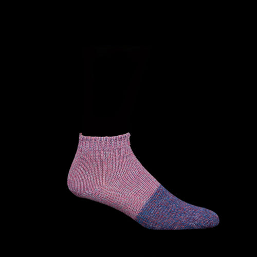 Two Tone 56 Yarn and Linen Crew Sock in Pink