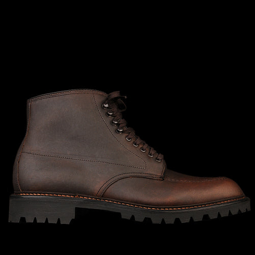 Indy Boot in Dark Brown Oiled Kudu 404