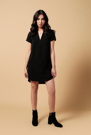 Shift Woven V Neck SS Dress