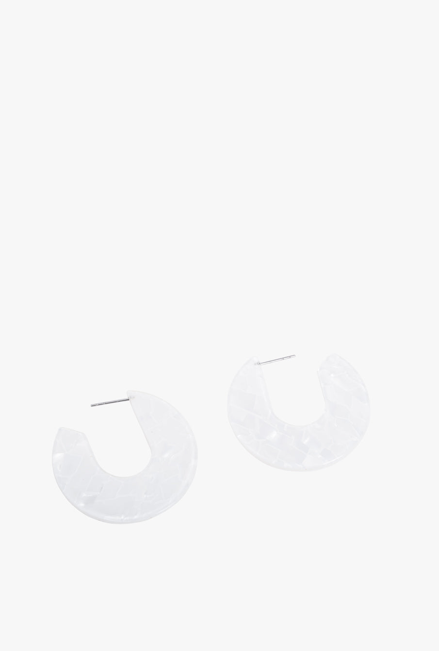 Burgos U Earrings P - White