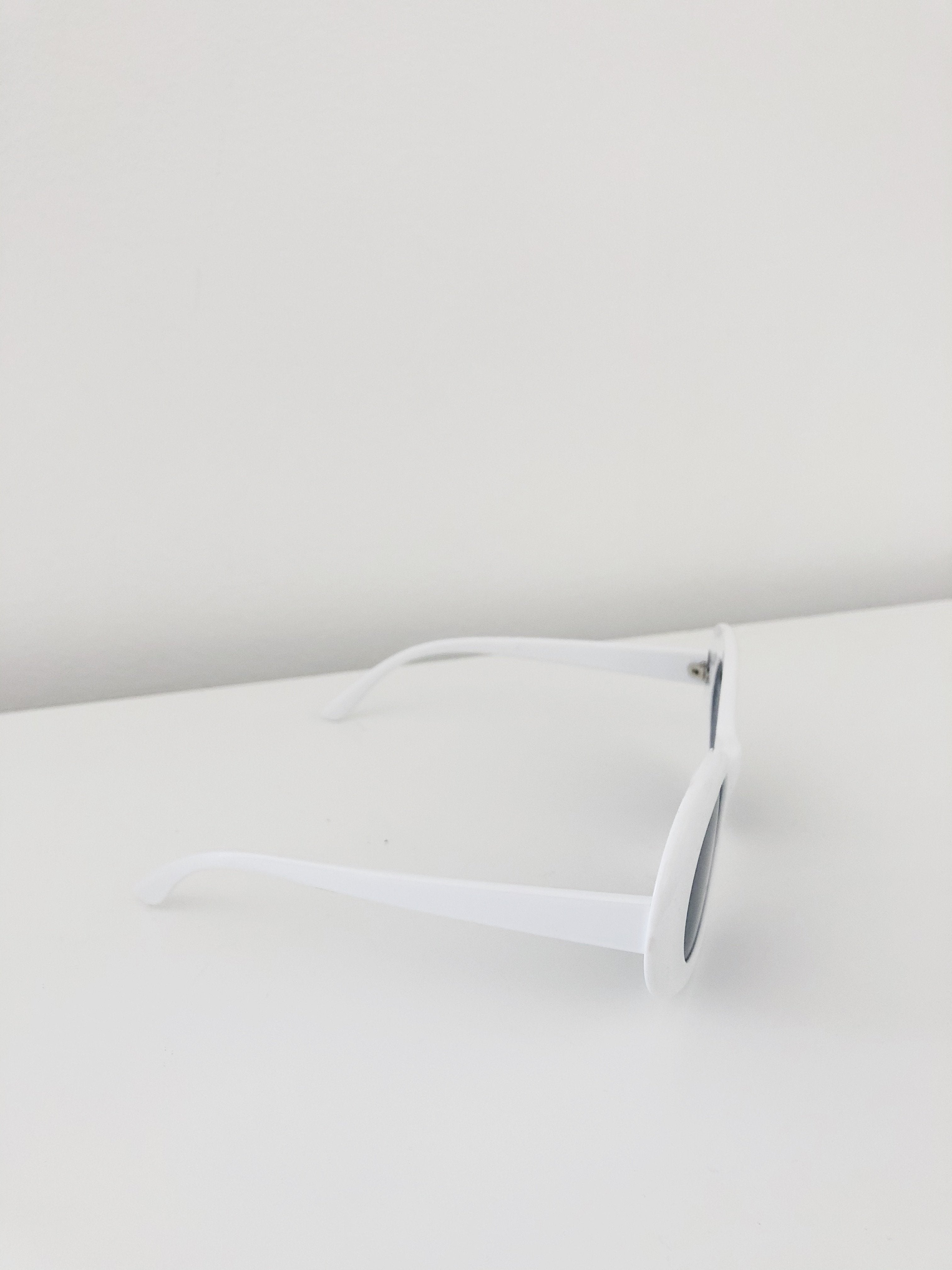 Festival of Summer Sunglasses in White