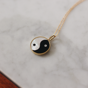 Yin Yang Everett Necklace Thin Chain - White Mother of Pearl & Black Onyx