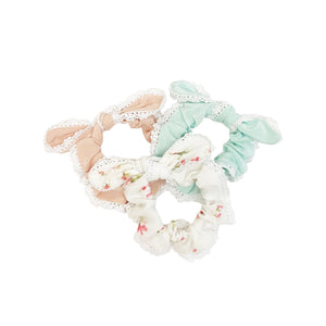 Penelope Bow Tie Lace Scrunchy in Silk