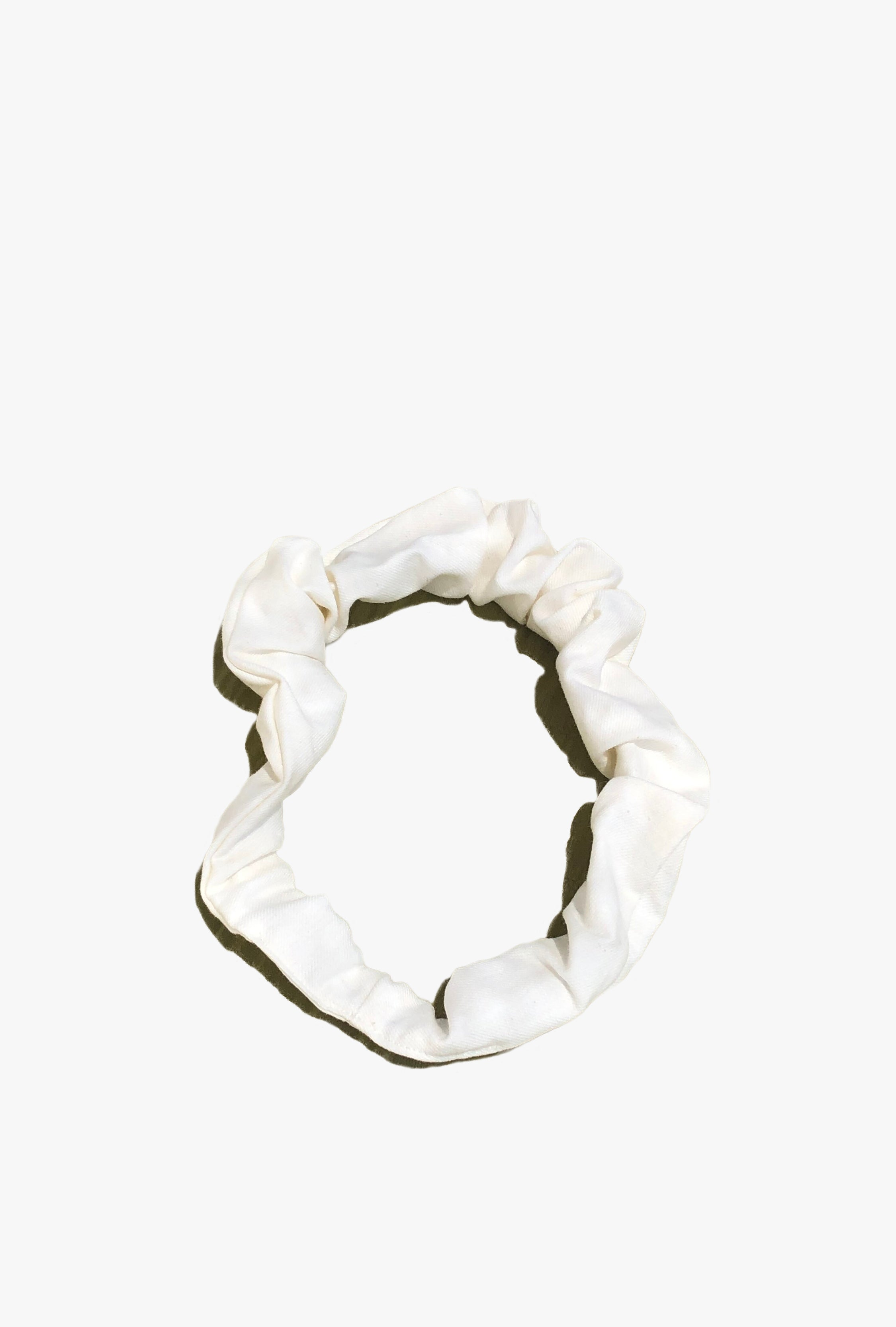Crown Scrunchy in White Cloud