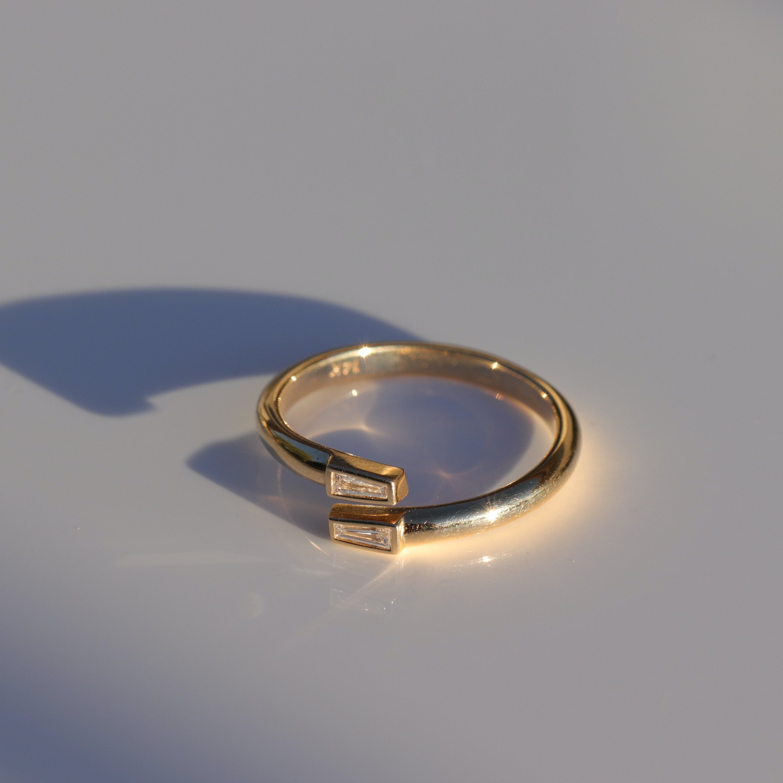 MIRRORED RING