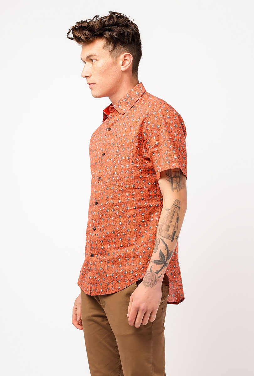 SS Point Collar Button Down
