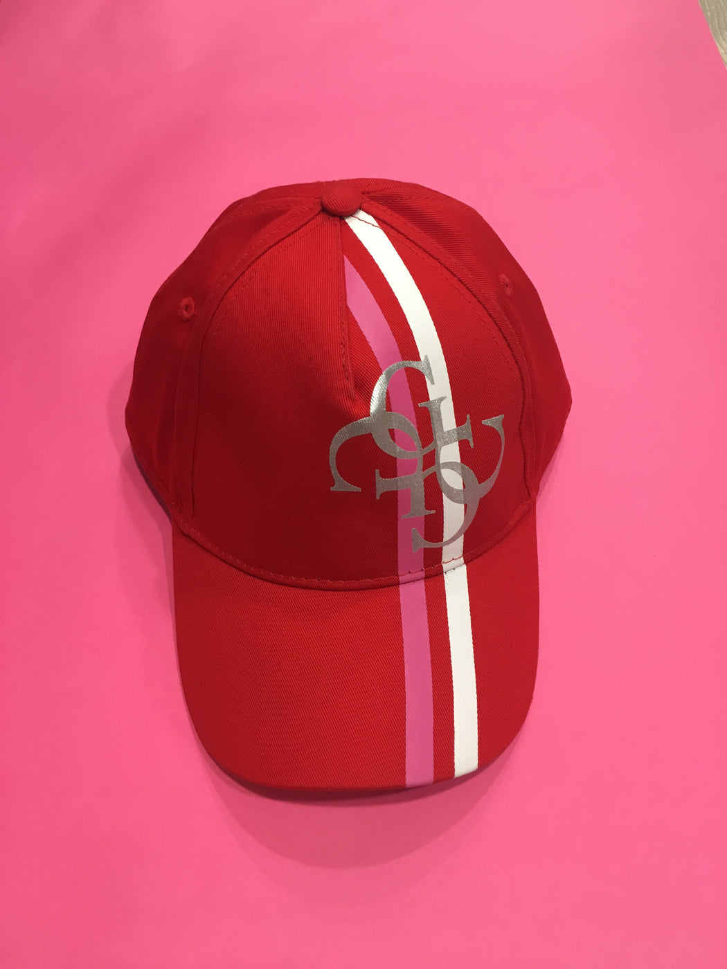 Baseball hat in red