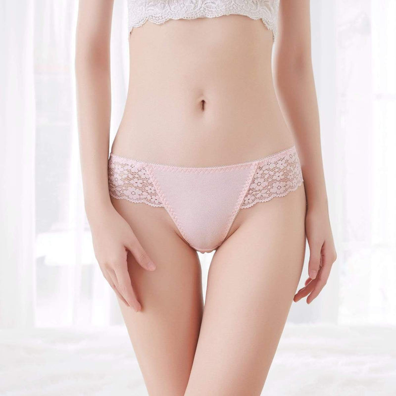 Fit Girls Land Lace Hollow Seamless Thong