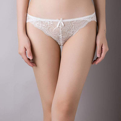 Fit Girls Land XS / White Lace Low Waist Briefs
