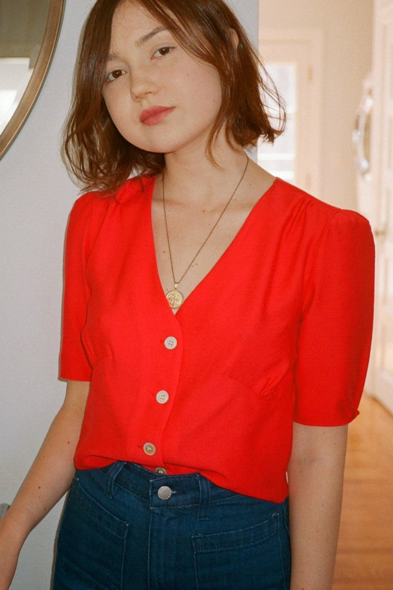 Daisy Buttoned V-Neck Blouse - Red