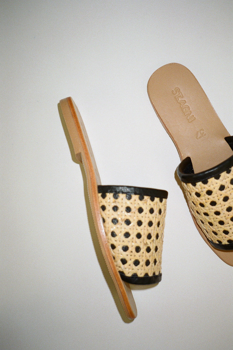 Hennie Rattan Slide - Black
