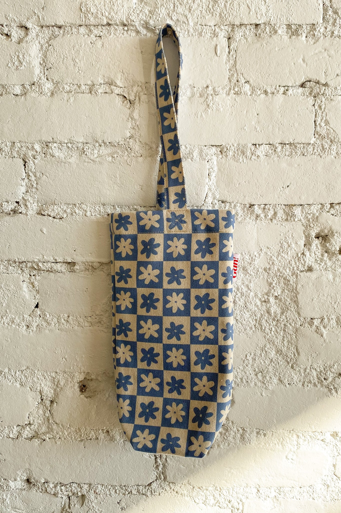 Denim Wine Tote - Blue Daisy Check