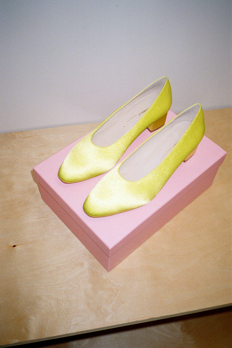 Yum Pump - Lemon Satin