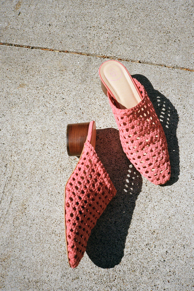 The Lou Mule Woven - Berry Suede