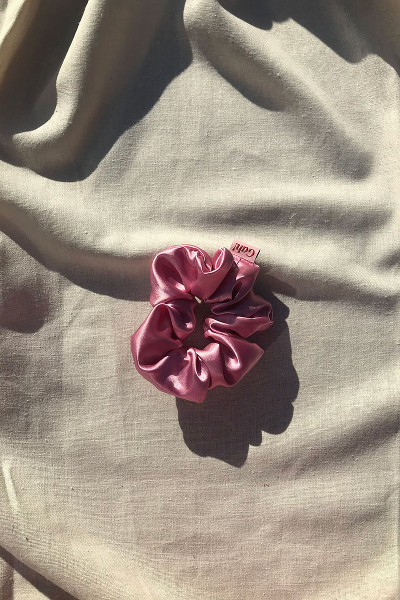 Satin Scrunchie - Pink