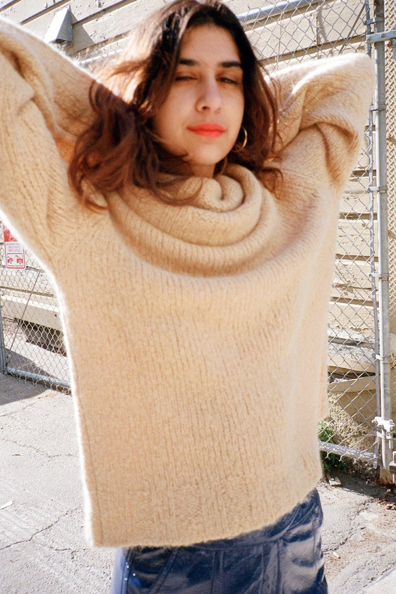 Hannah Rollneck Sweater - Taupe