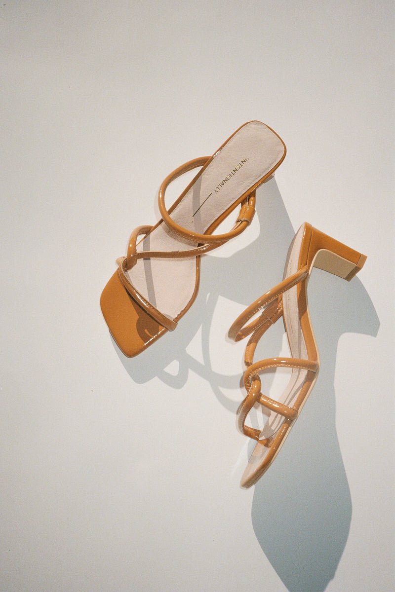 Willow Sandal - Tan