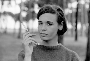 Gloria Vanderbilt, international socialite, dead at 95