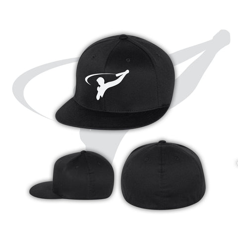 BASEBALL CAP ON FIELD - BLACK