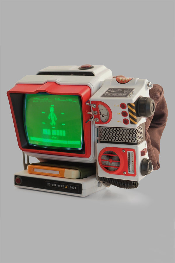 Exclusive Pip-Boy 2000 Mk VI  Red Rocket Variant