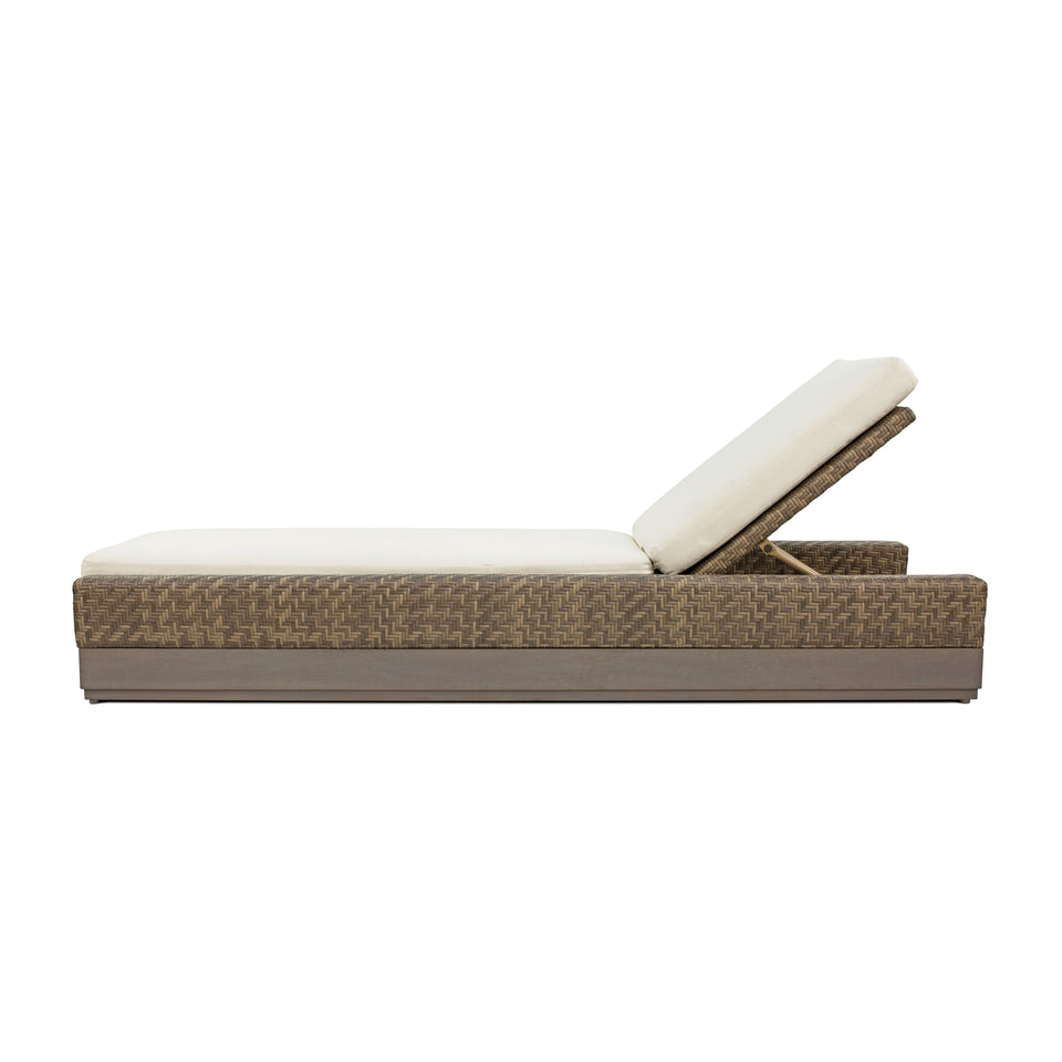 OSIER SINGLE CHAISE