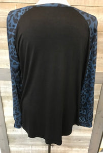 Raglan Sleeve Black/Blue Animal Print Top
