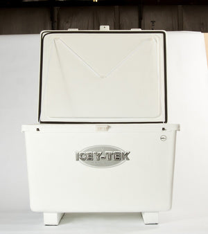 600 Quart - Icey-Tek Cooler / Ice Chest (Cube Style With Runners)