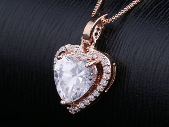 CUBIC ZIRCONIA HEART NECKLACE | ROSE GOLD