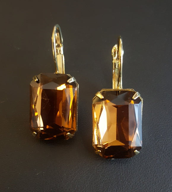 FACETED RECTANGLE CRYSTAL LEVERBACK EARRINGS - COFFEE