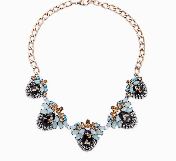 ART DECO INSPIRED STATEMENT NECKLACE