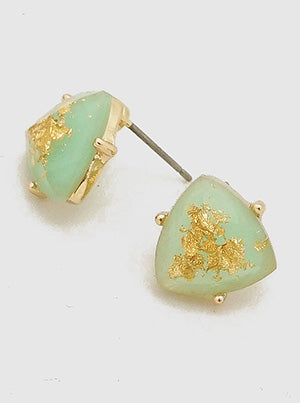 TRIANGLE GOLD FLECKED RESIN FACETED STUD EARRINGS - MINT