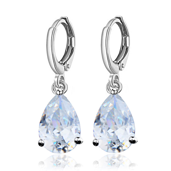 CLASSIC TEARDROP DANGLE EARRINGS | CLEAR