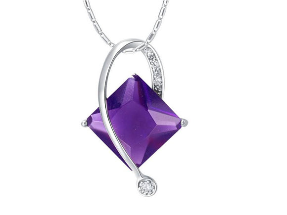 ABSOLUTELY ELEGANT SIDE TWIST PENDANT | AMETHYST