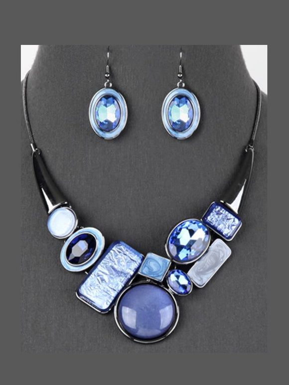 CHUNKY COLORED GEM NECKLACE SET | BLUE